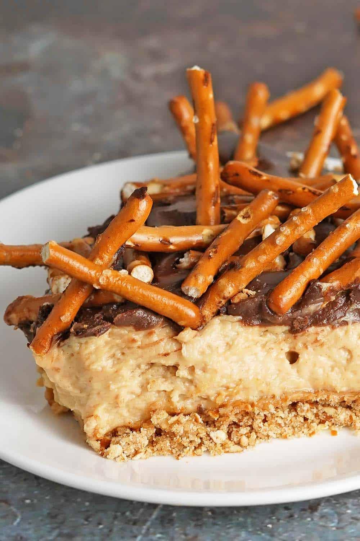 Chocolate Peanut Butter Pretzel Pie Closeup
