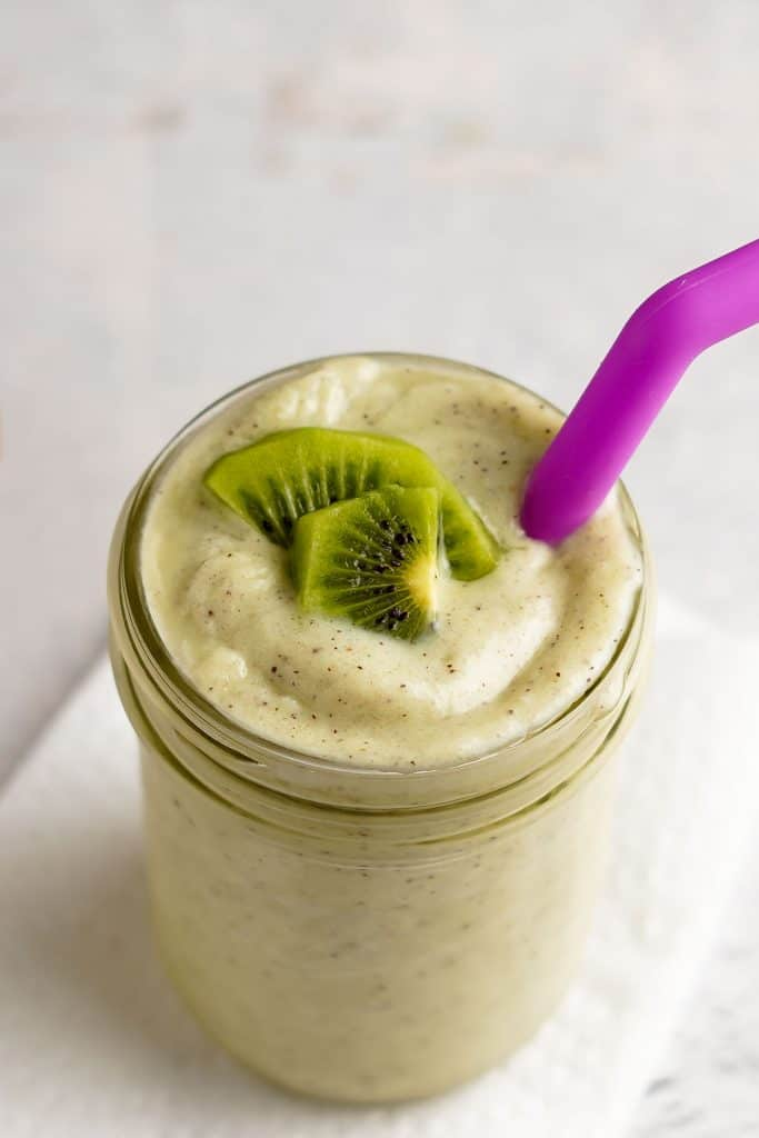 Kiwi Banana Smoothie in Glass Jar