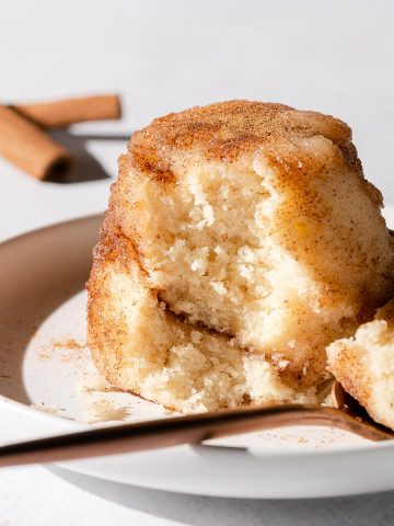 snickerdoodle mug cake on white plate
