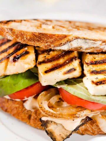 Halloumi sandwich FI