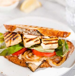 Halloumi sandwich FI2